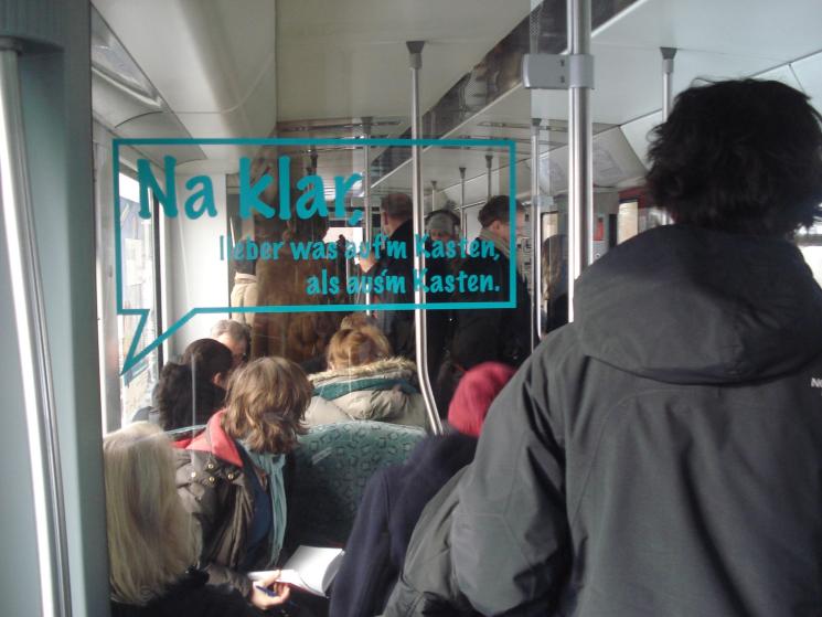Alkoholpräventions-Botschaften werben u.a. in den öffentlichen Verkehrsmitteln für einen verantwortungsvollen Umgang mit Alkohol
